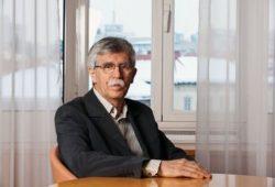 zaslužni profesor, Univerza v Ljubljani, direktor, Inštitut za ustavno pravo, Ljubljana (IJU)