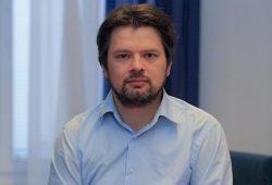 izredni profesor, Pravna fakulteta Univerze v Mariboru
